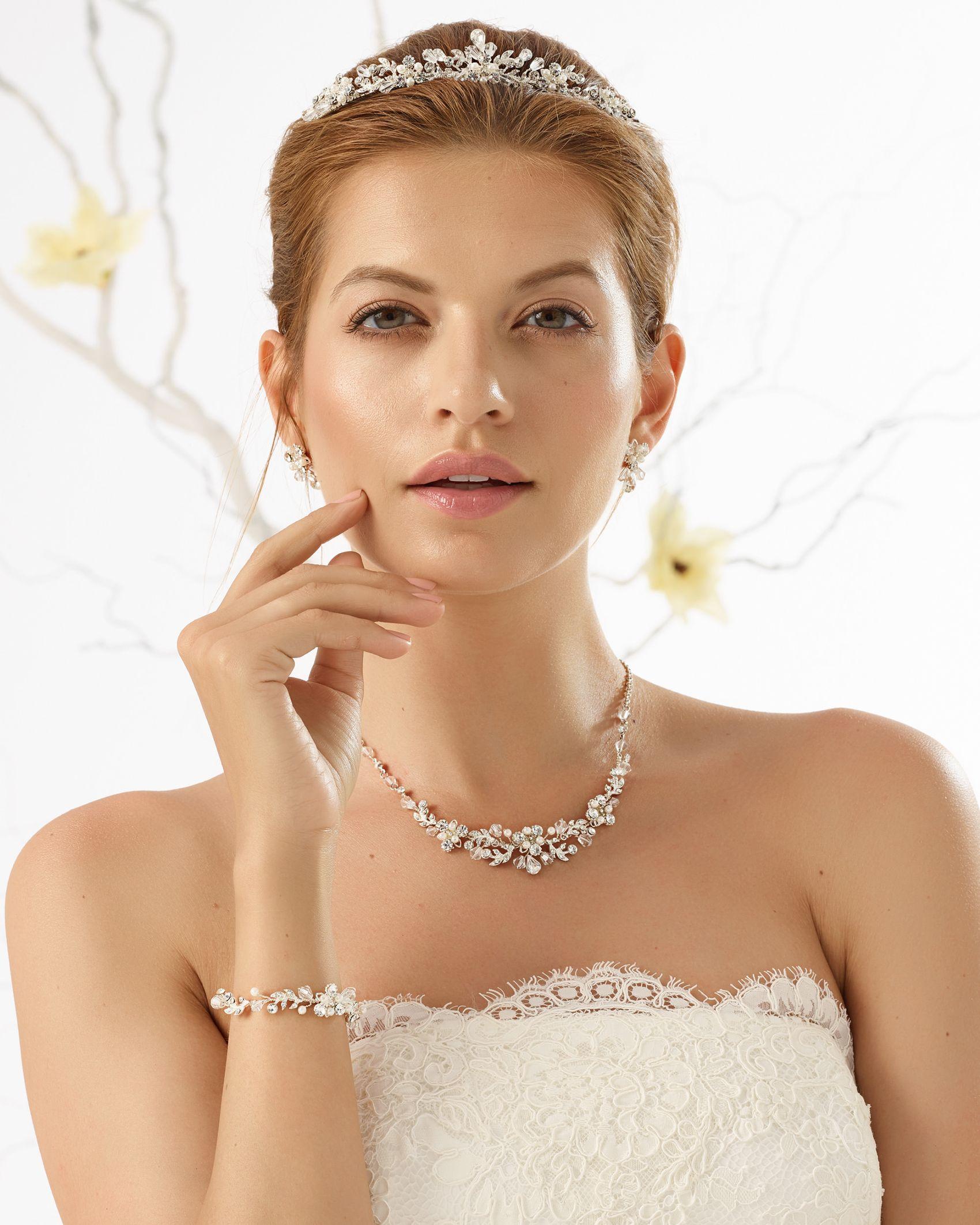 Diadem mit Perlen und Strass