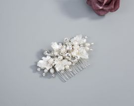 Haarkamm mit Perlen