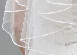 Brautschleier Länge 70 cm; einstufig