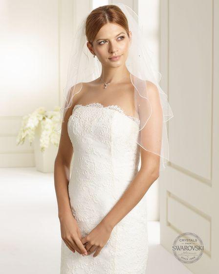 Brautschleier Länge 70 / 60 cm; zweistufig
