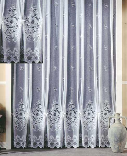 jacquard store gardine mit blumen motiv in wei sch ner wohnen gardinen stoffe store s stores. Black Bedroom Furniture Sets. Home Design Ideas