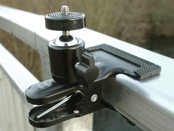 Kamera Metallklammer mit 1/4 Zoll Norm Gewinde für Fotoapparat Studio Blitz Modell: FK01