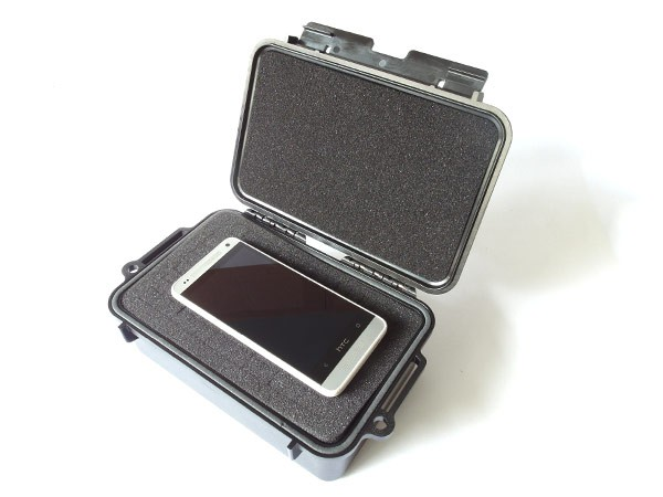 Mini Kunststoff-Box Camping Outdfoor 215x135x76 mm Boot Survival Strand Foto Handy Smartphone wetterfest staubdicht stossfest Modell: WPC02