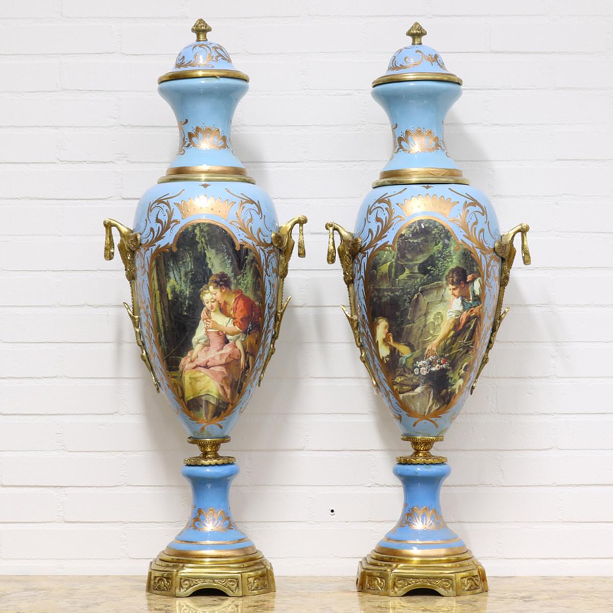 Casa Padrino Luxus Porzellan Vasen Set Hellblau / Gold 30 x H. 100 cm - Dekorationen im Barockstil 1