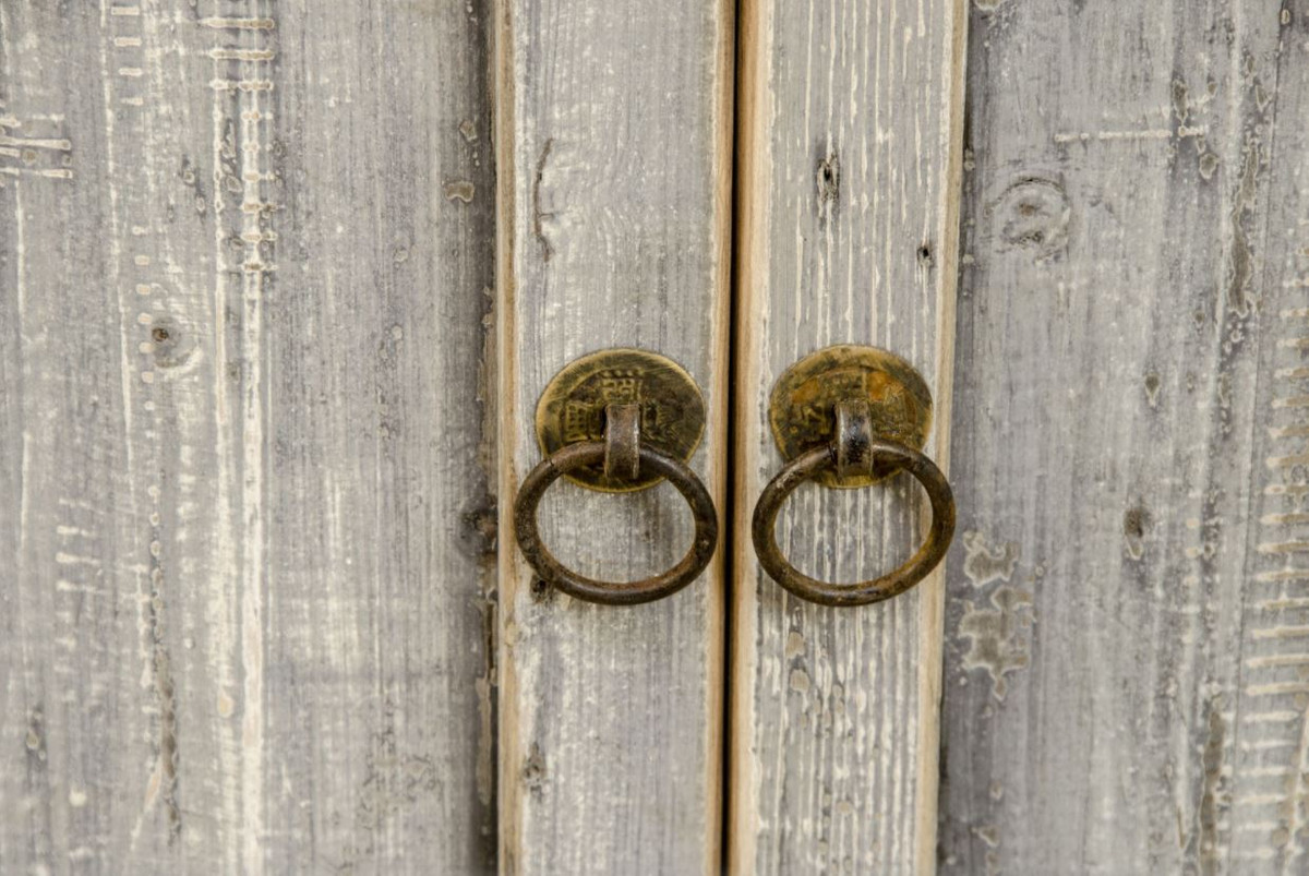 La Credenza In Tedesco : Credenza in legno massello di casa padrino mobili vero