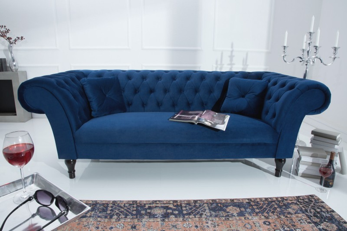 Chesterfield Couch Blau