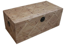Casa Padrino Country Style Chest Natural Colors 100 x 48 x H. 40 cm - Handmade Wooden Chest in Parquet Look