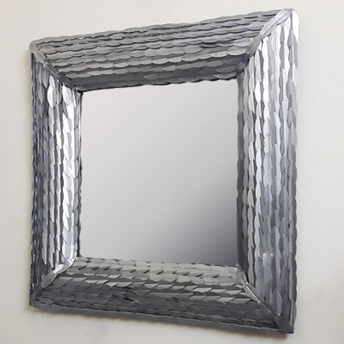 Casa Padrino Designer Wandspiegel Silber 6 x 6 cm - Wohnzimmer Spiegel