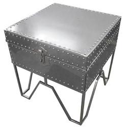 Casa Padrino Luxus Beistelltisch Silber 50 x 50 x H. 52 cm - Verschließbarer Stahltisch