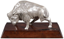 Casa Padrino luxury bison bronze figure silver / brown 35 x 18 x H. 20 cm - Silver Plated Deco Figurine with Mahogany Wood Base