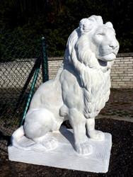 Casa Padrino Luxury Sculpture Sitting Lion 52 x 102 x H. 140 cm - Magnificent Garden Deco Figure