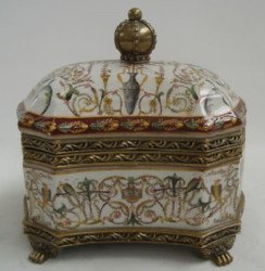 Casa Padrino Baroque Porcelain Jewelery Box Antique Brass / Multicolor H. 20 cm - Jewelry Box with Lid