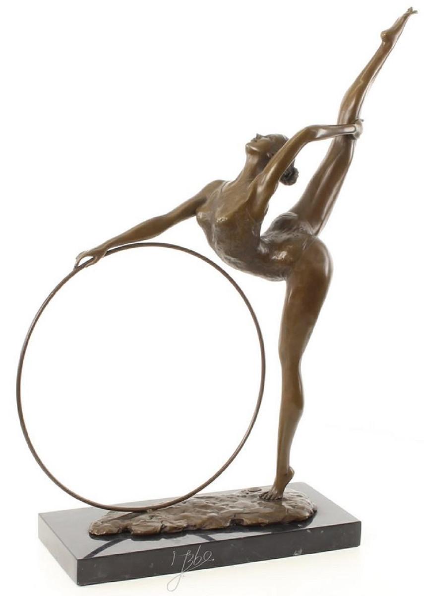 Casa Padrino Luxus Bronzefigur Hula Hoop Tänzerin Bronze Schwarz 46,2 x 14,2 x H. 57 cm Deko Bronze Skulptur mit Marmorsockel