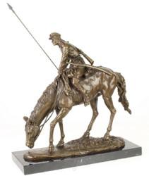 Casa Padrino Luxus Bronze Skulptur Soldat mit Pferd Bronze / Gold / Schwarz 43,9 x 15 x H. 43,2 cm - Deko Bronzefigur