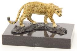 Casa Padrino Luxus Bronzefigur Jaguar Mehrfarbig / Schwarz 12,7 x 7,7 x H. 7,4 cm - Wohnzimmer Deko