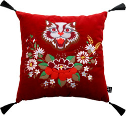 Casa Padrino Luxury Decorative Pillow with Tassels Cat Red / Black 45 x 45 cm - Finest velvet - Living Cushion