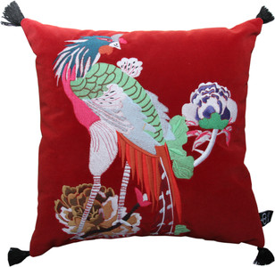 Casa Padrino luxury decorative cushion with tassels Bird Red / Black 45 x 45 cm - finest velvet fabric - luxury decoration accessories