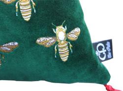Casa Padrino luxury decorative cushion with tassels Bees Green / Red 45 x 45 cm - finest velvet fabric - luxury decoration accessories 2