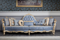 Casa Padrino Luxury Baroque Chesterfield Sofa Light Blue / Antique Gold 300 x 90 x H. 119 cm - Sumptuous Baroque Living Room Sofa - Baroque Furniture