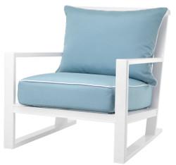 Casa Padrino Luxus Sessel mit Kissen Weiß / Hellblau 70 x 88 x H. 78 cm - Sessel aus hochwertigen strapazierbarem Aluminium - Wohnzimmermöbel - Gartenmöbel - Gastronomie Möbel