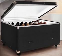 Casa Padrino Luxus Koffer Schuhkommode mit Schublade und Rollen Schwarz / Silber 100 x 80 x H. 60 cm - Vintage Stil Kunstleder Schuhschrank - Luxus Qualität