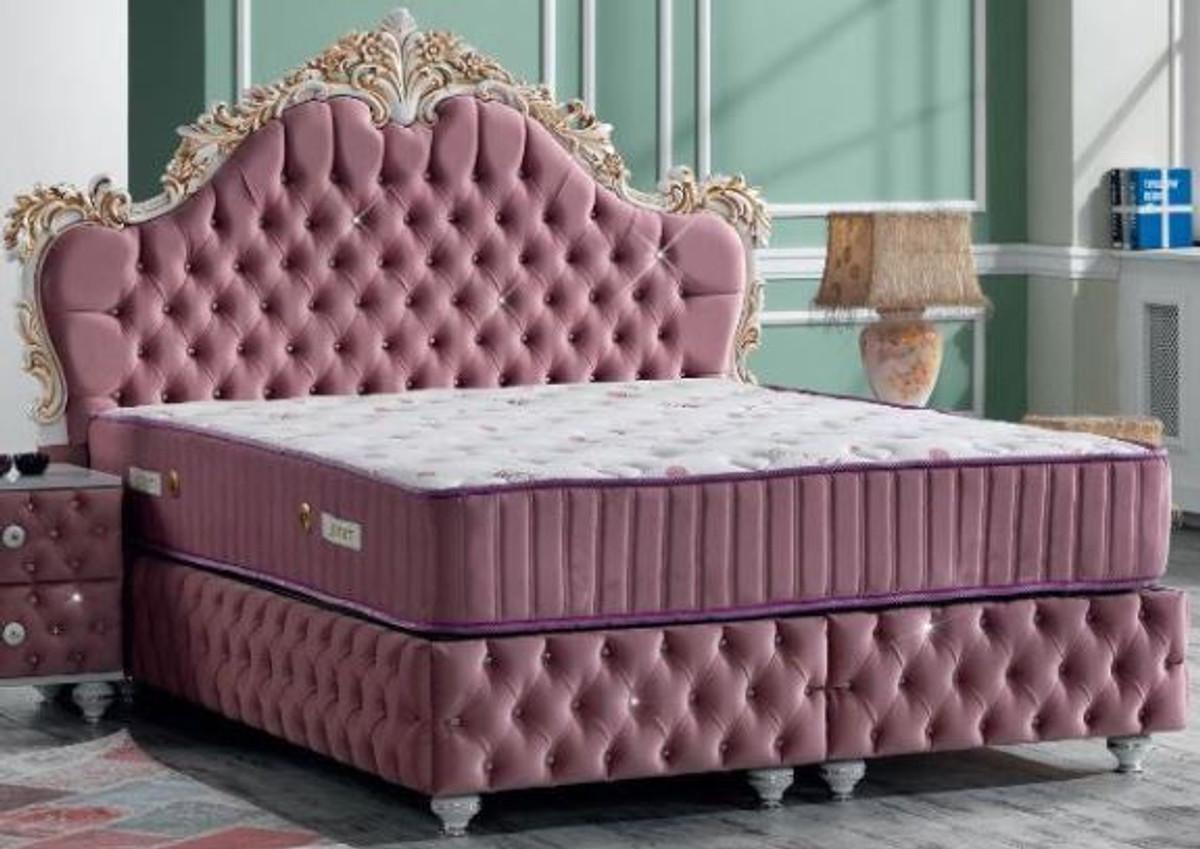 Casa Padrino Letto Matrimoniale Barocco Rosa Bianco Oro Antico Letto In Velluto Decorato Con Strass E Materasso Set Camera Da Letto In Stile Barocco Casa Padrino De