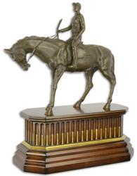 Casa Padrino Luxus Bronze Skulptur Jockey mit Pferd auf Holzsockel Bronze / Braun / Gold 44 x 19,8 x H. 52,4 cm - Bronzefigur - Dekofigur - Deko Accessoires
