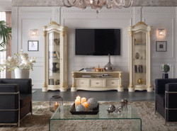 Casa Padrino luxury baroque TV cabinet cream / gold 162 x 49 x H. 61 cm - TV cabinet with 3 drawers - Noble baroque living room furniture 2