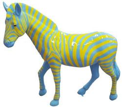 Casa Padrino Designer Deko Zebra Pferd Hellblau / Gelb 191 x H. 167 cm - Riesige Dekofigur - Lebensgroße Tierfigur - Gartendeko Skulptur