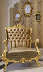 Casa Padrino Luxus Barock Ohrensessel Braun / Gold 85 x 80 x H. 113 cm - Prunkvoller Wohnzimmer Sessel mit edlem Satin Stoff - Edel & Prunkvoll
