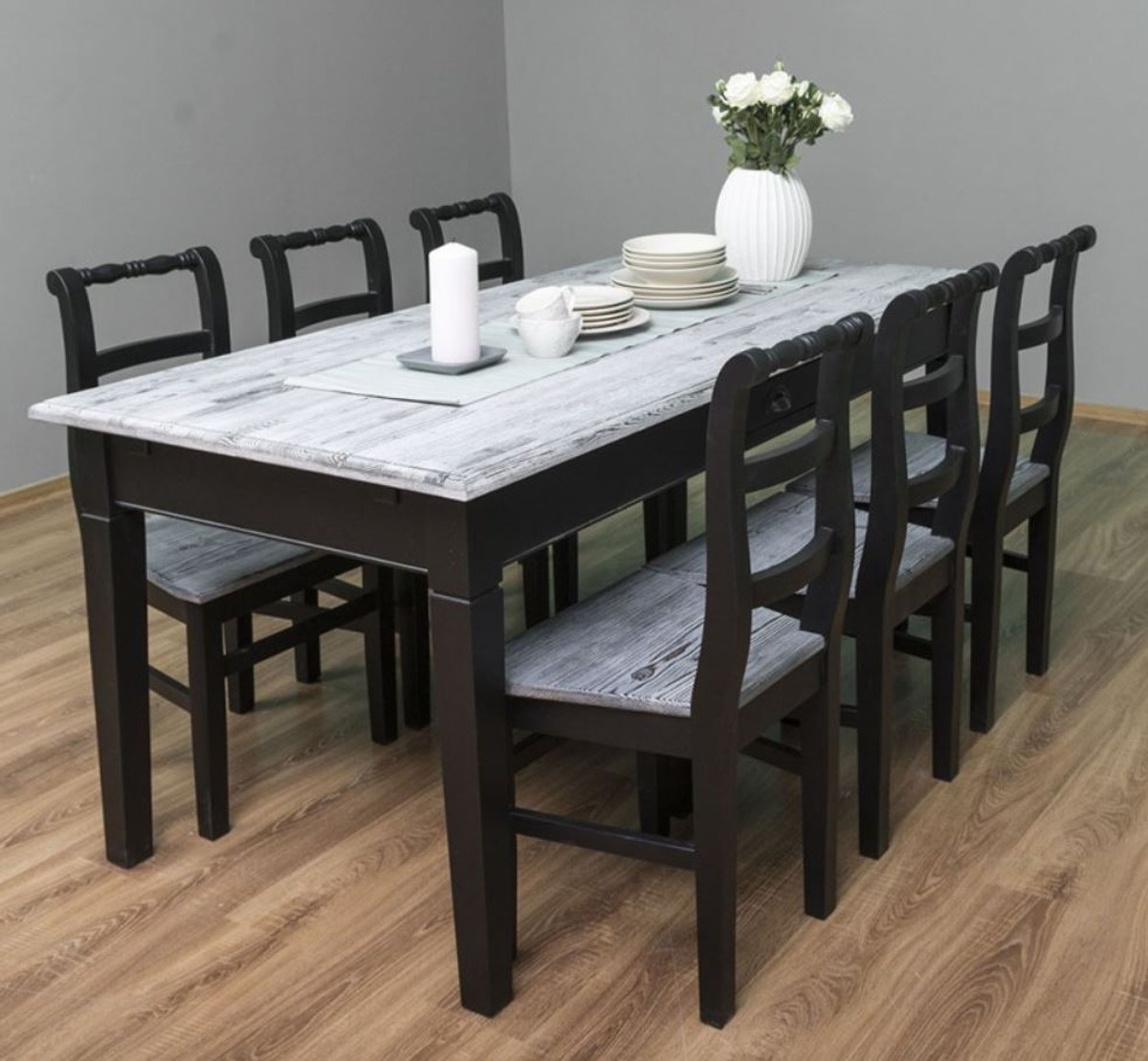 Picture of: Casa Padrino Country Style Dining Room Furniture Set Antique White Black 1 Dining Table 6 Dining Chairs Solid Wood Dining Room Furniture Country Style Furniture