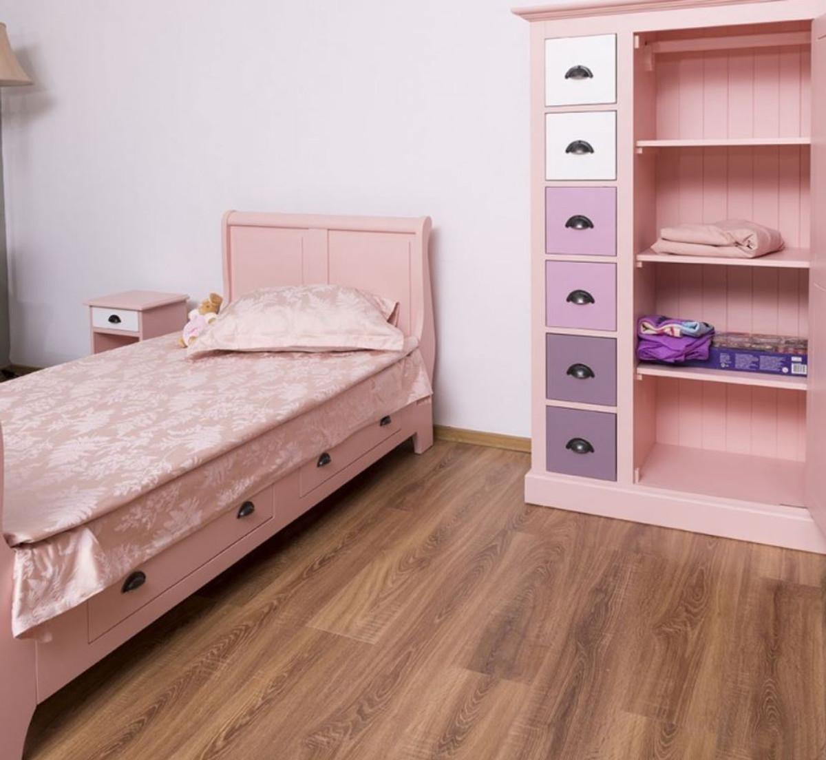Casa Padrino Landhausstil Massivholz Kinderzimmer Mobel Set Rosa Weiss Lila 1 Einzelbett 1 Kleiderschrank 1 Nachttisch Landhausstil Mobel