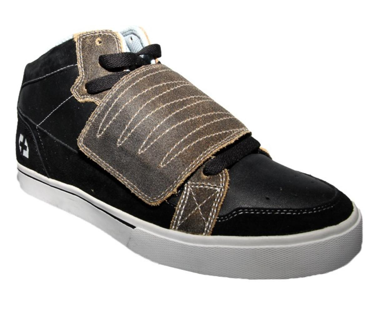 c580a5a72bcb Etnies Skateboard Shoes Etnies Plus Mid-Velcro Black Brown Shoes size 42