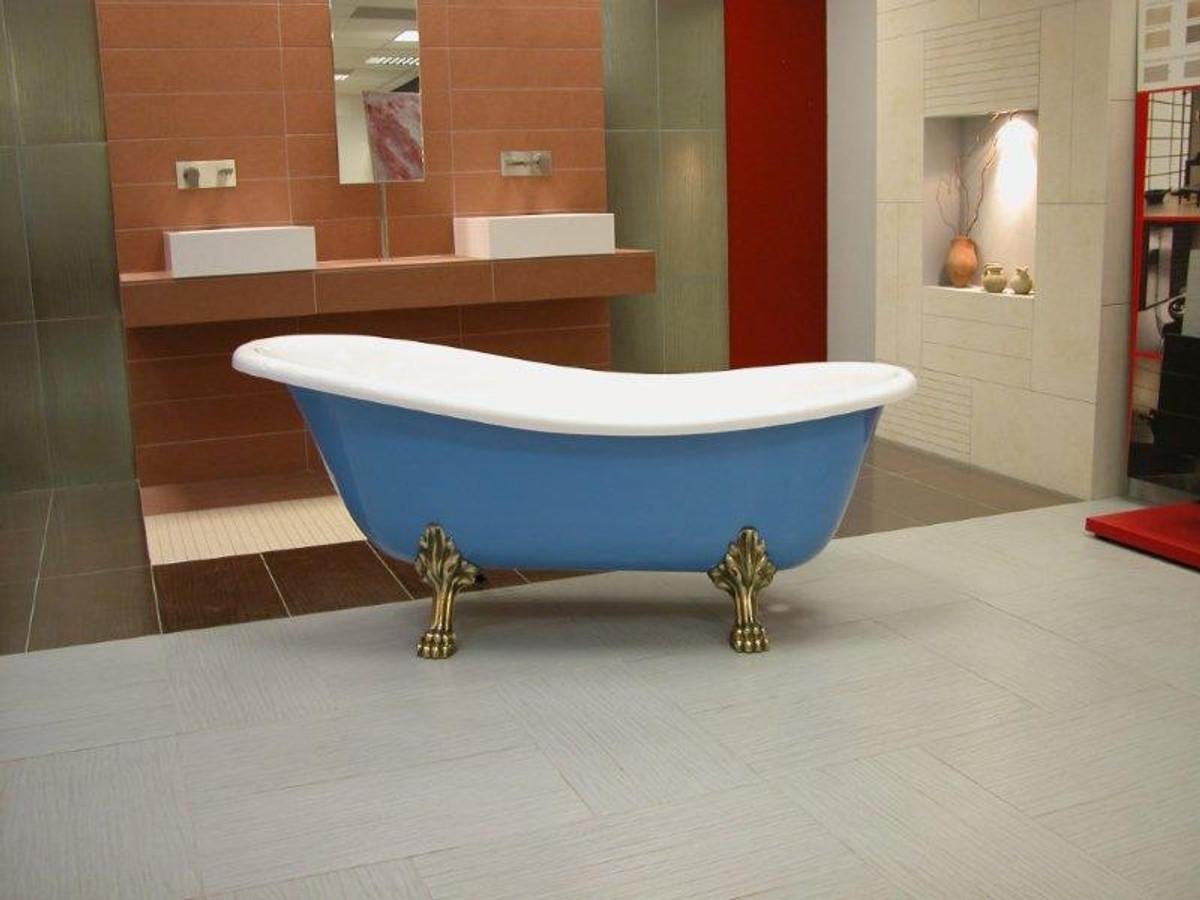 Jugendstil Badezimmer | Freistehende Luxus Badewanne Jugendstil Roma Hellblau Weiss Altgold