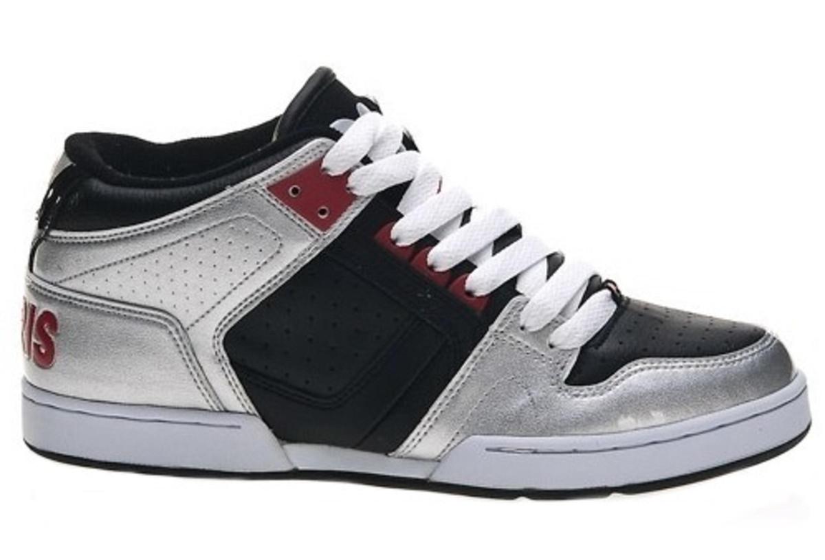 Osiris Skate Shoes South Bronx Kids Silver Black Red Shoes up to size 33 c3d69bdffdb