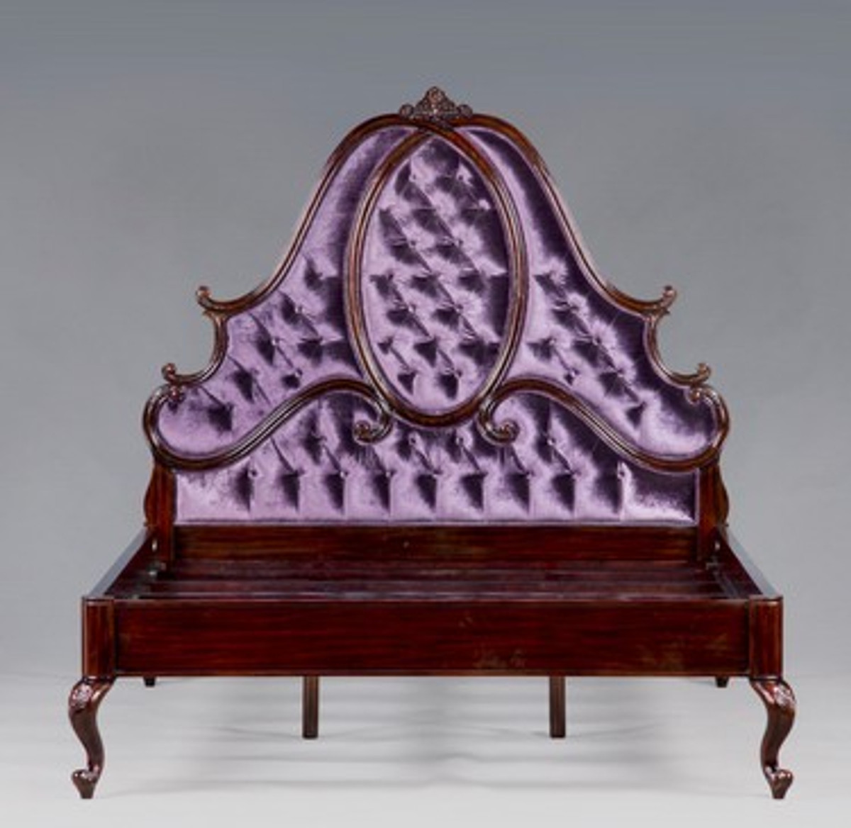 casa padrino luxury baroque bed mahogany purple louis xv french luxury bed beds baroque beds. Black Bedroom Furniture Sets. Home Design Ideas