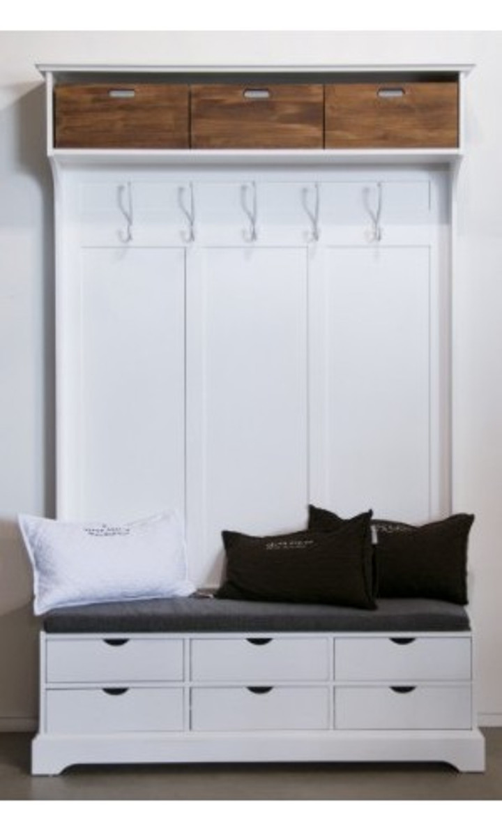 schrank mit garderobe haloring. Black Bedroom Furniture Sets. Home Design Ideas