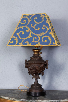 Cast iron lamp