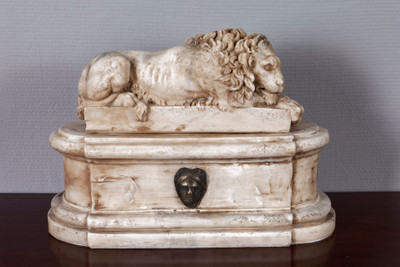 Pair of Marble Lions – Bild 2