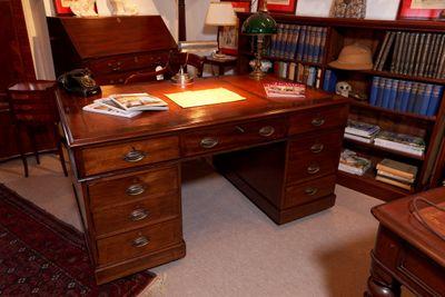 """""""Pedestal Desk"""", Mahogany, Victorian – Bild 2"""