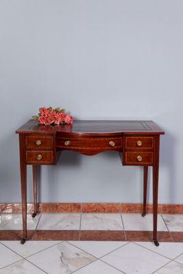 Inlayd Ladies Writing Table, Mahogany – Bild 1