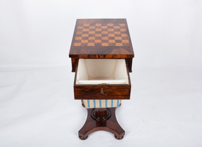 A very rare Work- and Chess-Table, Rosewood, William IV, England ca. 1830´s – Bild 3