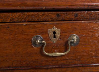Oak Bureau with nice Mahogany-Interior, George III, England ca. 1780 – Bild 3