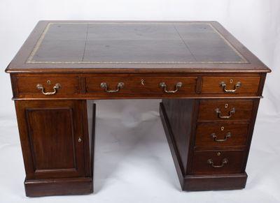 Kleiner Partner´s-Schreibtisch aus Mahagoni, Victorian, England um 1870