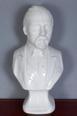 Bust of Henri Poincaré, Bisquitporcelian