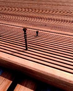 Terrassenschraube KKTM 5,0x50mm Braun 200 Stück/Paket TX20 Kohlenstoffst.+ Bit – Bild 4