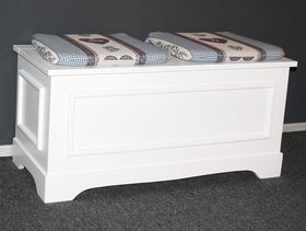 Truhe Holztruhe Wäschetruhe Sitztruhe Holz massiv weiß 001