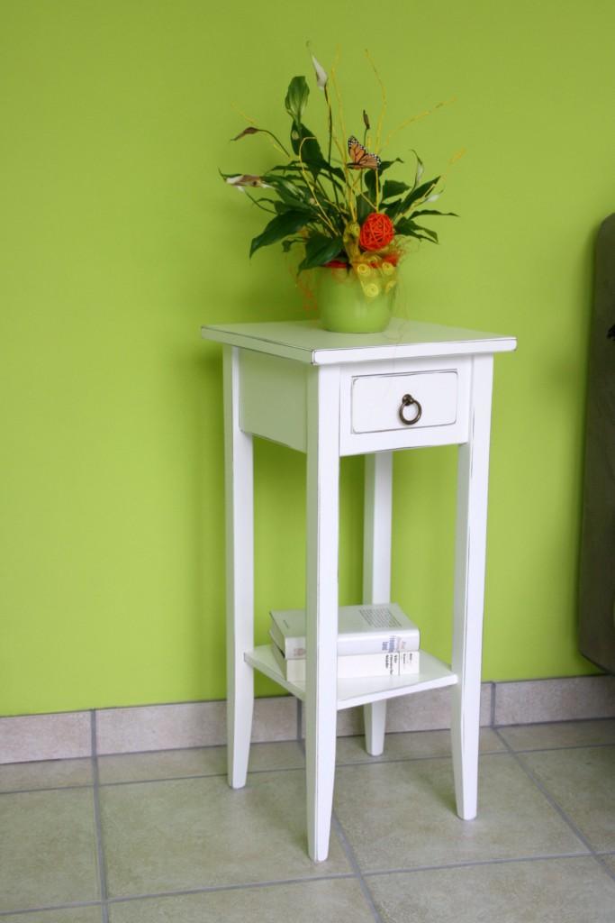beistelltisch 32x70x32cm 1 schublade 1 ablageboden. Black Bedroom Furniture Sets. Home Design Ideas