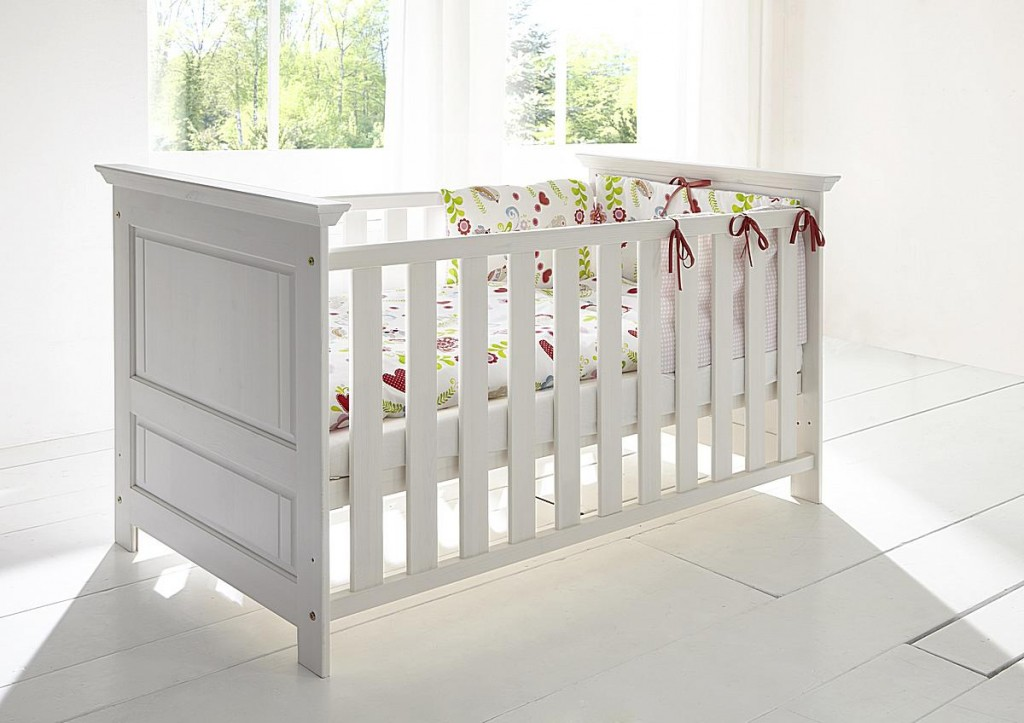babybett 70x140 83x80x147cm mit juniorbett seiten kiefer massiv wei gewachst. Black Bedroom Furniture Sets. Home Design Ideas