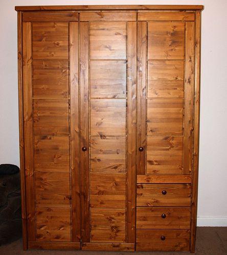 Kleiderschrank 3türig Schlafzimmerschrank Kassettenfront Vollholz Kiefer massiv weiß – Bild 2